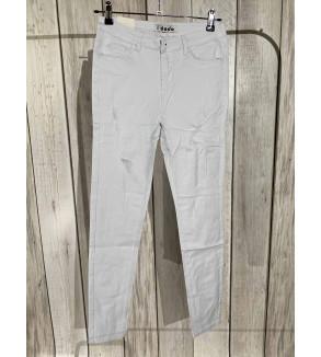 broek met scheuren wit